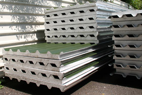 Insulated roofing sheet & roofing sheets and cladding sheets manufacturers - rollaclad.com memphite.com